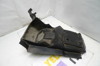 KAWASAKI ER5 C-1 BREAKING.  REAR UNDERTRAY SMALL  #5(CON-D)